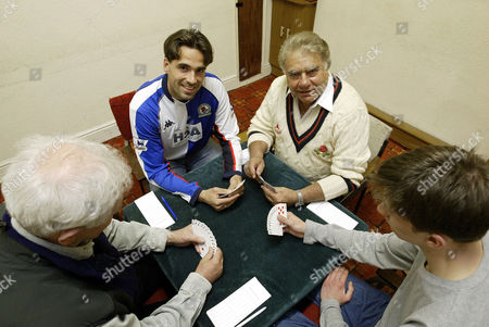 MARTIN ANDRESEN [L] AND FAROKH ENGINEER [R] PLAYING CARDS