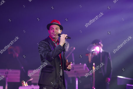 Stock Picture of Roger Cicero during his concert in the Koblenz Sports Hall Oberwerth, Koblenz, Rhineland-Palatinate, Germany, Europe