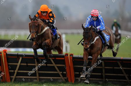 El Indio ridden by James Reveley and Watchmetail ridden by C O'Farrell during the Red Berry Recruitment Ltd Handicap Hurdle (Class 5) (4YO plys)