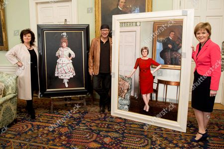First Minister, Nicola Sturgeon and Elaine C Smith with their portraits by Gerard Burns