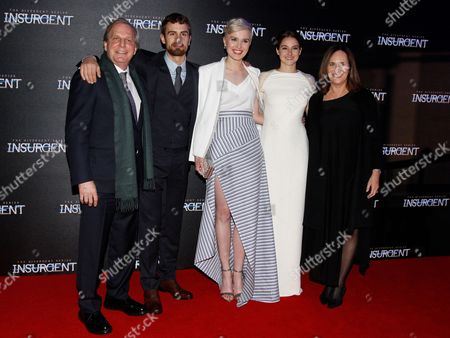 Douglas Wick, Theo James, Veronica Roth, Shailene Woodley and Lucy Fisher
