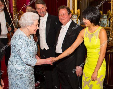 Queen Elizabeth II meets pianist Yuja Wang