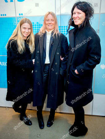 l to R Katie Hillier, Luella Bartley, Katie Grand all from Marc by Marc Jacobs British design join London Mayor Boris Johnson at the Barclays dinner which includes leading figures from the British and US fashion industries, coinciding with New York Fashion Week