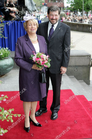JOHN DONALDSON AND HIS WIFE SUSAN MOODY