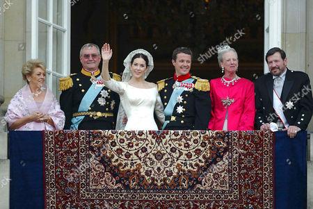 (L- R), Susan Moody, Prince Henrik, Mary Donaldson, Crown Prince Frederik , Queen Margrethe and John Donaldson