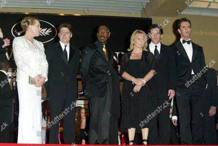 Julie Andrews, Mike Myers, Eddie Murphy, Jennifer Saunders, Antonio Banderas and Rupert Everett at the premiere of Shrek 2