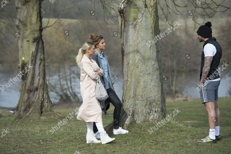 Ferne McCann ventures out to South Weald Park with Billie Faiers after her split with Charlie-Sims