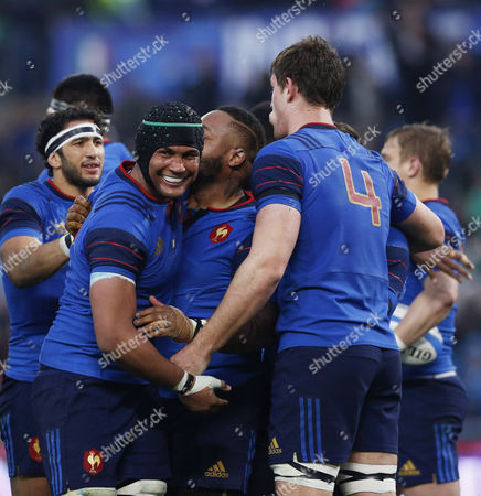 Mathieu Bastareaud (F) celebrating with Thierry Dusatoir the try scored during the rugby 6 Nations match between Italy and France played at the Olimpico Stadium in Rome, ITALY - 15/03/2015 Photo Matteo Ciambelli / Sipa Press
