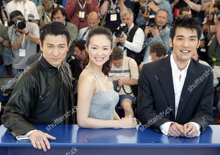 Andy Lau Tak Wah, Zhang Ziyi and Takeshi Kaneshiro at a photocall for 'House of Flying Daggers'