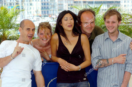 Bernard Campan, Sophie Quinton, Mai Anh Le, unknown and Nicolas Duvauchelle