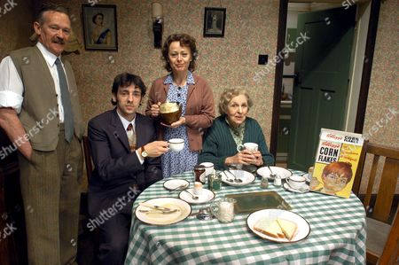 Paul Copley, Ralf Little, Tracie Bennett and Doreen Mantle