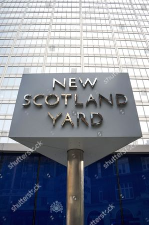 Stock Photo of New Scotland Yard sign