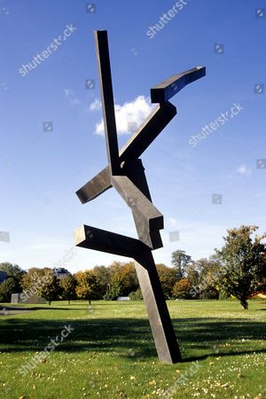 Bronze sculpture, untitled, Joel Shapiro, Skulpturenpark sculpture park, Cologne, North Rhine-Westphalia, Germany, Europe