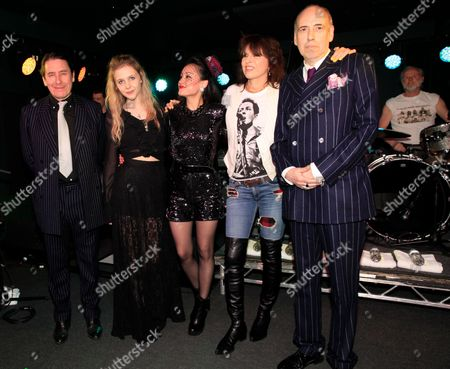 Jools Holland, Eliza Garland, Zoe Devlin, Chrissie Hynde and Mick Jones