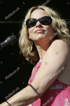 American singer-songwriter Vonda Shepard performing live at the Outside Festival in Dielsdorf, Zurich, Switzerland, Europe