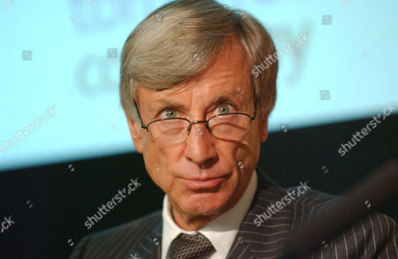 Editorial picture of SIR RICHARD SYKES AT THE LONDON STOCK EXCHANGE, BRITAIN - 15 JUN 2004