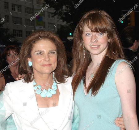 Tovah Feldshuh and daughter Amanda Levy