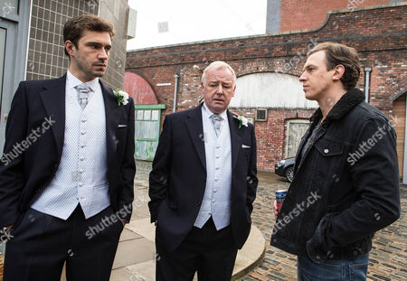 Andy [OLIVER FARNWORTH] a bag of nerves, feeling guilty about the fake mugging. Gavin Rodwell  [MARK HOLGATE] clocks Michael Rodwell [LES DENNIS] and Andy dressed for the service. Michael proudly explains that his son is his best man. Gavin's scathing and tells Michael that if he were his son, he'd despise him and never forgive him.