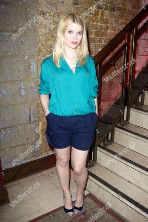 Gina Bramhill (Melody)