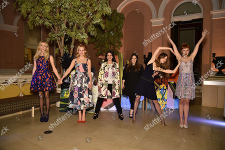 Sabine G., Charlotte Dellal, Fernanda Abdallah, Valentine Fillol-Cordier and Paula Goldstein di Principe