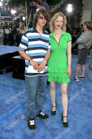 Stock Photo of Thora Birch (R) and Brother Bolt Birch