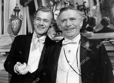 Joseph Cotton and Ray Collins, on-set of the Film, 'The Magnificent Ambersons' directed by Orson Welles, 1942