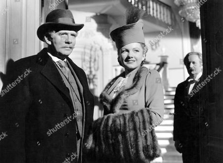 Ray Collins and Anne Baxter, on-set of the Film, 'The Magnificent Ambersons' directed by Orson Welles, 1942