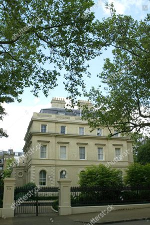 Editorial picture of 15A KENSINGTON PALACE GARDENS WHICH IS REPORTED TO HAVE BEEN SOLD FOR £41 BILLION TO RUSSIAN OIL BARON LEONARD BLAVATNIK, LONDON, BRITAIN - JUL 2004