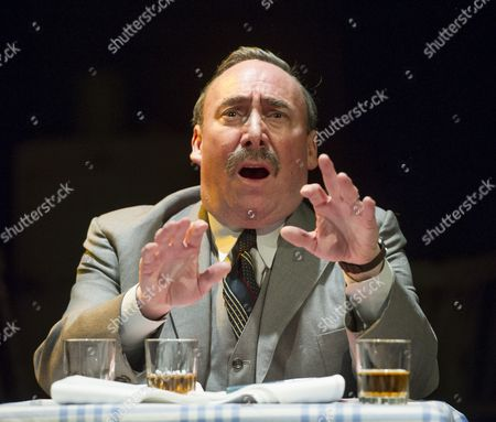 Antony Sher as Willy Loman,