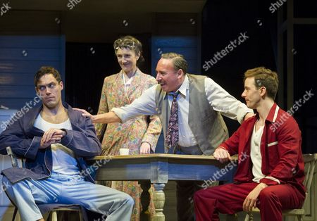 Alex Hassell as Biff,  Harriet Walter as Linda Loman, Antony Sher as Willy Loman, Sam Marks as Happy