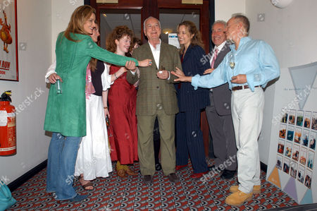 NATASCHA MCELHONE, SUSANNAH HARKER, MADELEINE POTTER, JAMES IVORY, GRETA SCACCHI, SIMON CALLOW AND NICKOLAS GRACE