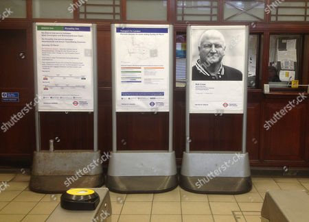 Bob Crow Poster At Putney Bridge Tube Station. Mayor Of London And Transport For London Have Paid Tribute To Bob Crow General Secretary Of The National Union Of Rail Maritime And Transport Workers Who Died 11th March 2014 By Erecting A Memorial Poster In Each Tube Station.