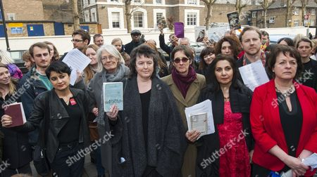 A Demonstration Outside Pentonville Prison Protesting Against The Ban On Sending Books To Prisoners. Led By The Poet Laureate Carol Ann Duffy (centre) With Vanessa Redgrave Shami Chakrabarti Al Kennedy Imtiaz Dharker And Frances Crook (Ceo Of The Howard League Reform). 28.03.14.