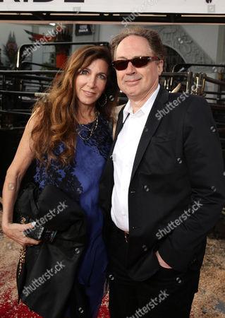 Donna Isham, Mark Isham