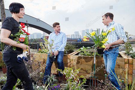 Volunteer Beeke Ropers, RHS Ambassador Nick Knowles and RHS Gardener and Ambassador Chris Beardshaw