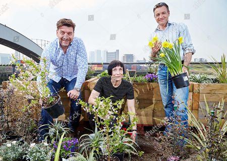 RHS Ambassador Nick Knowles, Volunteer Beeke Ropers and RHS Gardener and Ambassador Chris Beardshaw