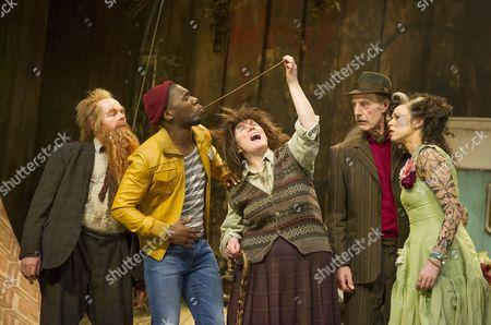 Jason Watkins as Mr Twit, Dwane Walcott as Handsome Waltzer Boy, Monica Dolan as Mrs Twit, Sam Cox as Yorkshire Terrier Man, Christine Entswisle as Tattooed Fortune-Teller