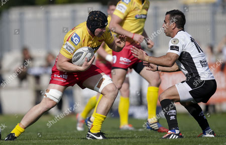 Stock Photo of Jamies Davies takes on Luciano Orquera.