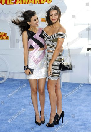 Victoria Justice and Madison Justice
