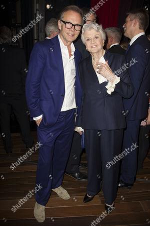Jonathan Kent (Director) and Angela Lansbury backstage