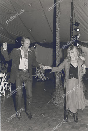 Mel Tillis and Nancy Sinatra