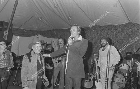 Milton Berle, Frank Sinatra, Mel Tillis
