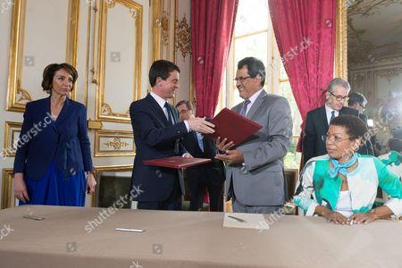 Marisol Touraine, Manuel Valls Edouard Fritch and Marie Pau Langevin at Matignon Palace, Paris