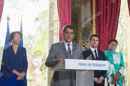 Stock Photo of Marisol Touraine, Edouard Fritch, Manuel Valls, and Marie Pau Langevin at Matignon Palace, Paris
