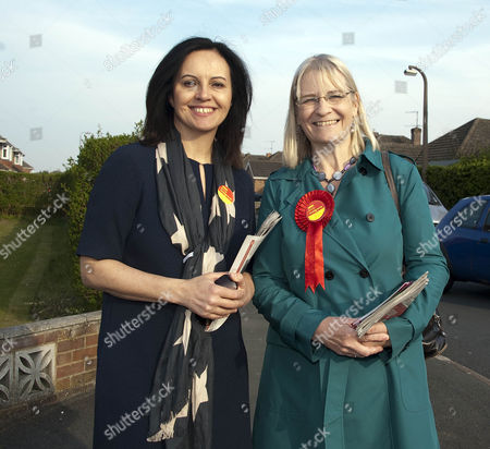 Stock Photo of Caroline Flint (left) with Labour candidate for Swindon South Anne Snelgrove (R)