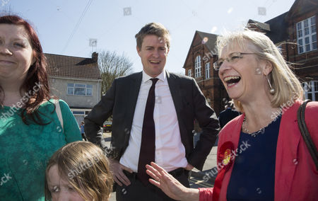 Editorial picture of Labour Party general election campaigning, Swindon, Britain - 21 Apr 2015