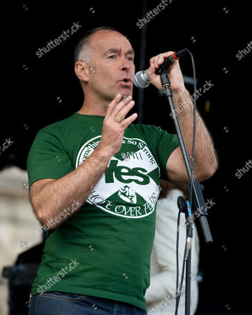 Tommy Sheridan speaks as thousand of people gather in George Square for pro-SNP Hope Over Fear: Seize The Day Rally