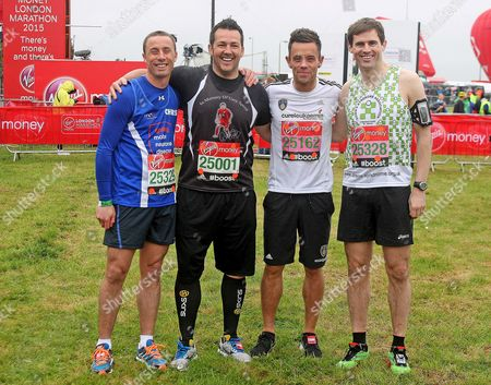 Ex footballers Chris Perry, Matty Jones (running for Gary Speed charity), Lee Hendrie and Kevin Kilbane at the start.