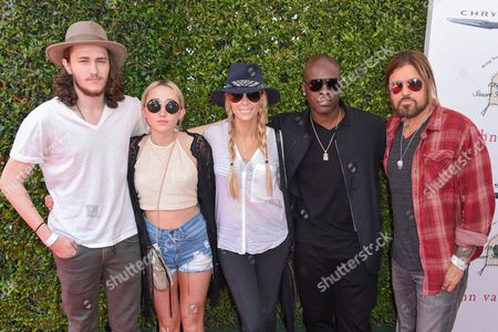 Braison Cyrus, Noah Cyrus, Letitia Cyrus, Corey Gamble and Billy Ray Cyrus