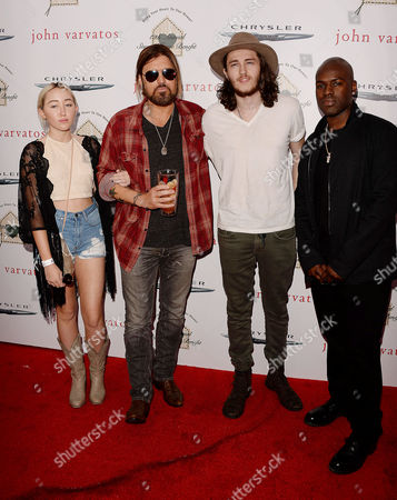 Noah Cyrus, Billy Ray Cyrus, Braison Cyrus, Corey Gamble